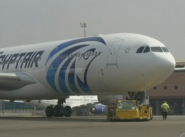 Exército do Egito encontra destroços de avião no Mar Mediterrâneo