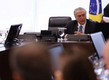 Para Temer, primeira semana de governo 'pareceu dois anos', diz coluna