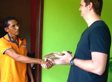 Desempregado encontra envelope com R$ 11 mil e devolve ao dono em Rondônia
