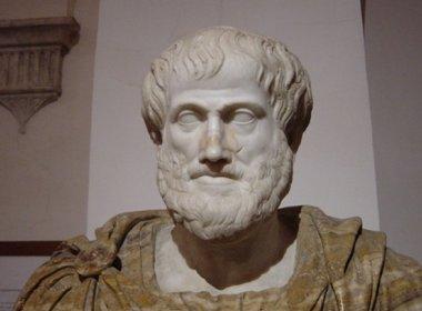 Arqueólogos gregos acreditam ter encontrado túmulo do filósofo Aristóteles