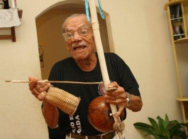 Capoeirista Francisco de Assis, o mestre Gigante, morre aos 95 anos