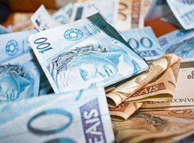 Brasileiros trabalharam cinco meses de 2016 apenas para pagar impostos