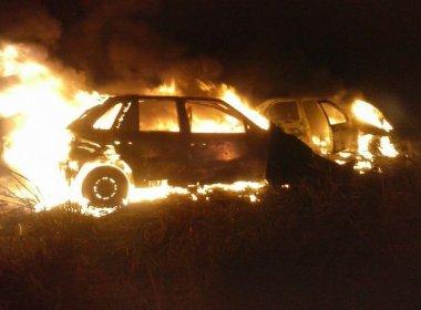 Pastores da Universal ficam feridos após veículo pegar fogo em acidente na BA-263