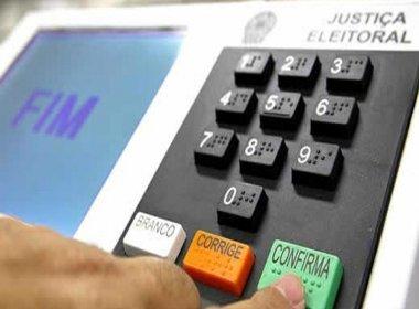 Mesário pode alterar dados de urnas eletrônicas durante eleições, diz especialista
