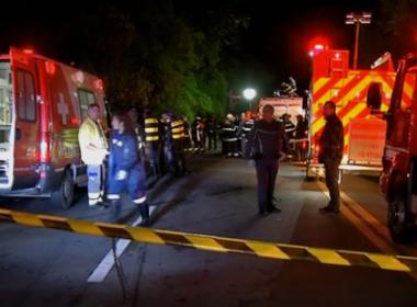 SP: Ônibus que transportava universitários tomba e deixa ao menos 16 mortos