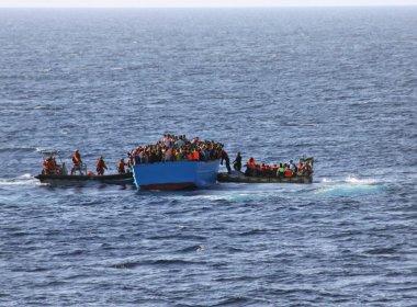 Mais de mil imigrantes são resgatados na Costa da Sicília apenas neste sábado