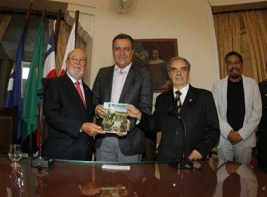 Livro sobre a Independência da Bahia será distribuído em toda rede estadual de ensino