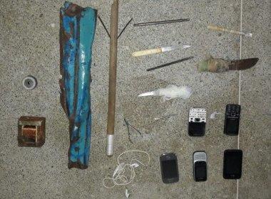 policia-encontra-barra-de-ferro-facas-e-celulares-com-presos-em-alagoinhas