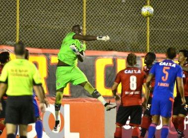 Vitória sai atrás, mas vira e bate o Sport por 3 a 2 no Barradão