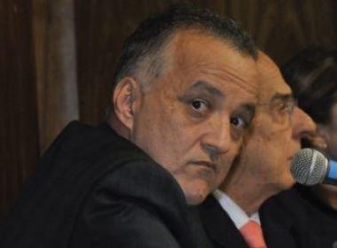 Logo após ser denunciado, Carlinhos Cachoeira é solto pela Justiça Federal