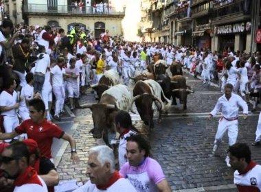 Um morre e dois ficam feridos em tradicional corrida de touros na Espanha