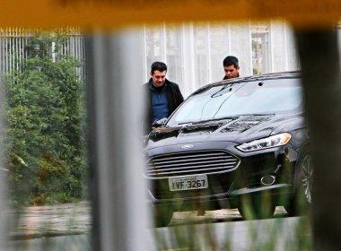 Filha e genro de Dilma usam carros oficiais de forma ilegal, diz revista