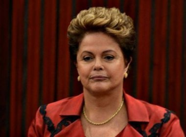 Dilma começa a levar objetos pessoais para apartamento em Porto Alegre