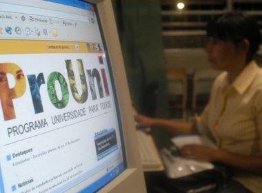 Entrega de documentos de estudantes aprovados no Prouni segue até esta terça