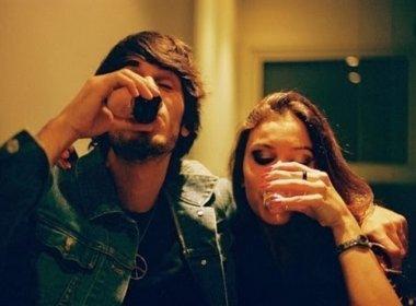 Casais que bebem juntos tendem a permanecer juntos, diz estudo