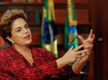 Defesa de Dilma entrega defesa às 18h; prazo encerra nesta quinta
