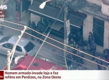 Homem liberta reféns e é preso após tentativa de roubo em São Paulo