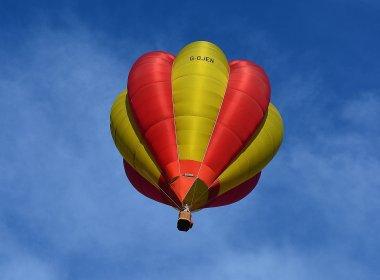 Queda de balão deixa ao menos 16 mortos nos Estados Unidos