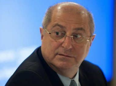 EX-MINISTRO PAULO BERNARDO (PT) DENUNCIADO PELO MPF
