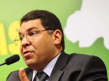 Assessor de ministro da Fazenda deve R$ 779 mil aos cofres públicos, diz colunista
