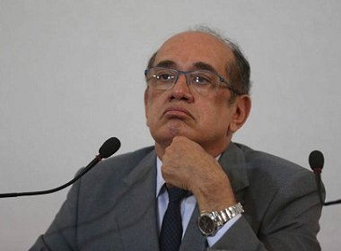 Presidente do TSE, Gilmar Mendes pede cassação de registro do PT, diz revista