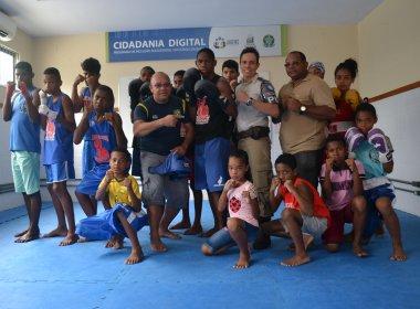 Rio 2016: Pugilista semifinalista ministra aulas na Base Comunitária de São Caetano