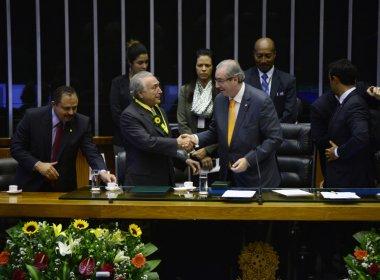 Eduardo Cunha se sente abandonado e ameaça Michel Temer, relata colunista