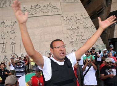 STJ determina que Estado da Bahia reintegre Prisco à Polícia Militar