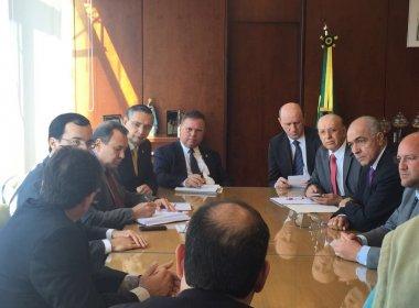 Aleluia participa de reunião que garante renegociação de dívidas de agricultores