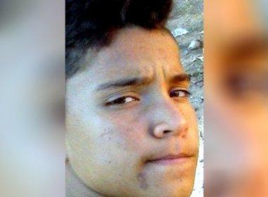 Jovem de 13 anos é encontrado morto na frente da casa da mãe em Eunápolis