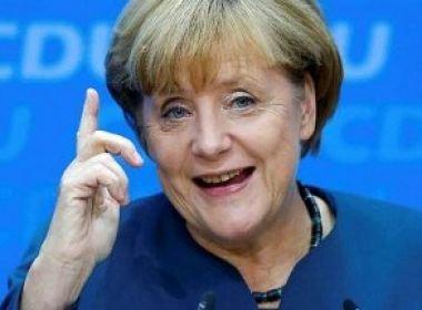 Angela Merkel pede a turcos que não tragam conflitos para a Alemanha