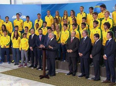 Temer receberá medalhistas olímpicos enquanto Dilma depõe no Senado