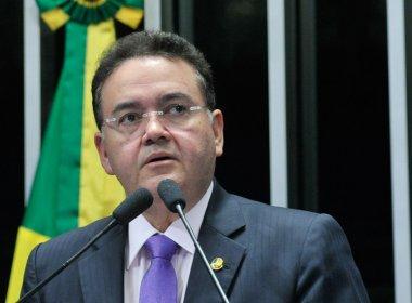 TEMER ACUSADO DE OFERECER CARGO PARA SENADOR MANTER VOTO CONTRA DILMA