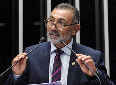 Por voto contra Dilma, Telmário vai ao planalto pedir cargos de afilhados de Jucá, diz coluna