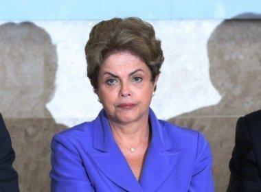 Dilma não quis receber notificação do impeachment inicialmente, diz senador