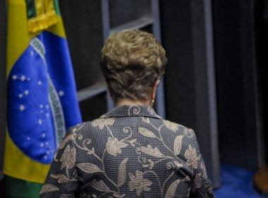 O PT vai se acomodar e tentará 'livrar pescoço' até 2018, avalia historiador