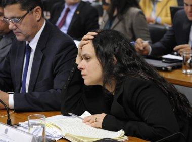 Recursos podem levar Dilma de volta ao poder, alerta Janaína: 'Quem tudo quer, nada tem'