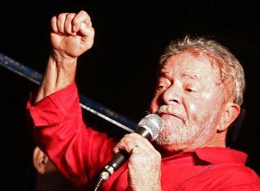 Lula critica cortes no Bolsa Família e diz que opositores deviam viver 'dia de pobre'