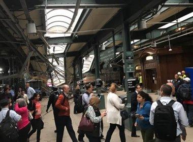 Acidente de trem nos EUA mata uma pessoa e deixa pelo menos 100 feridos
