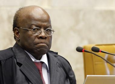 Joaquim Barbosa é condenado a indenizar jornalista após chamá-lo de 'palhaço'