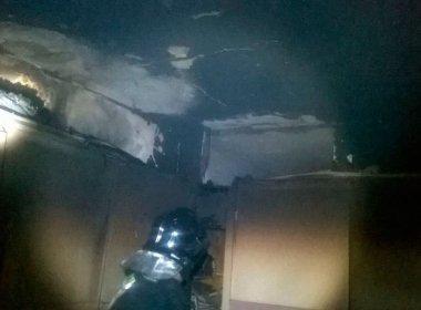 Apartamento no Rio Vermelho fica parcialmente destruído após incêndio