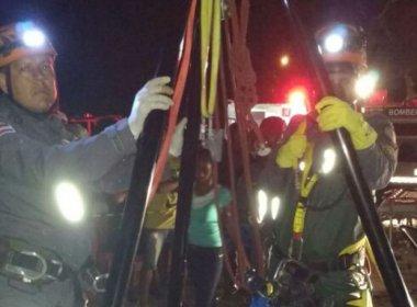 Feira de Santana: Mulher é resgatada de poço após ficar dois dias desaparecida