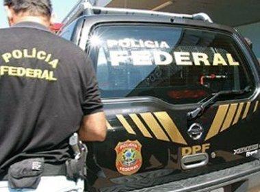 PF realiza operação em Salvador; viaturas são vistas na Paralela
