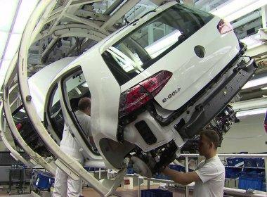 Volkswagen anuncia corte de 30 mil postos de trabalho; Brasil pode ser afetado