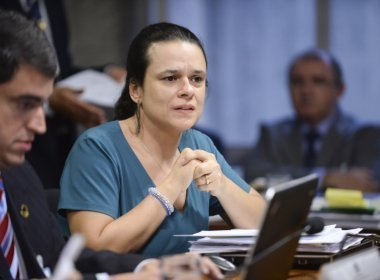 Algoz de Dilma, Janaína Paschoal critica Temer por manter Geddel no governo após denúncias