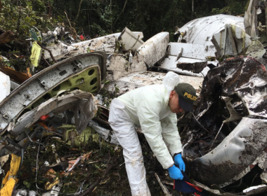 Todos 71 mortos em voo da Chapecoense são identificados na Colômbia