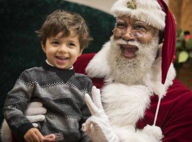 Shopping nos Estados Unidos tem Papai Noel negro pela primeira vez
