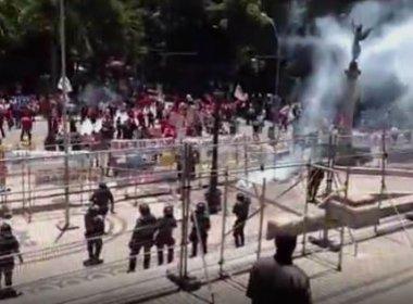 Servidores do Rio de Janeiro protestam contra pacote de austeridade do governo