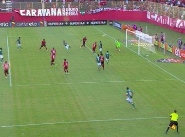 Vitória é derrotado pelo Palmeiras no Barradão, mas se garante na Série A do Brasileirão
