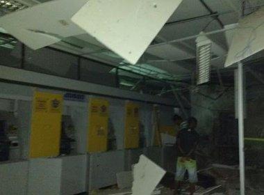 Criminosos explodem duas agências simultaneamente na cidade de Itagi